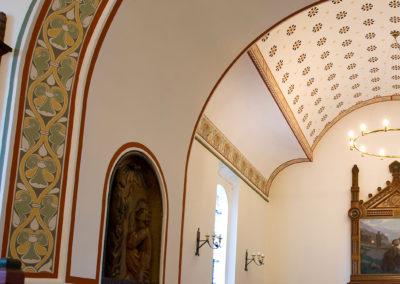 Ravnebjerg kirke: hjørnedetaljer